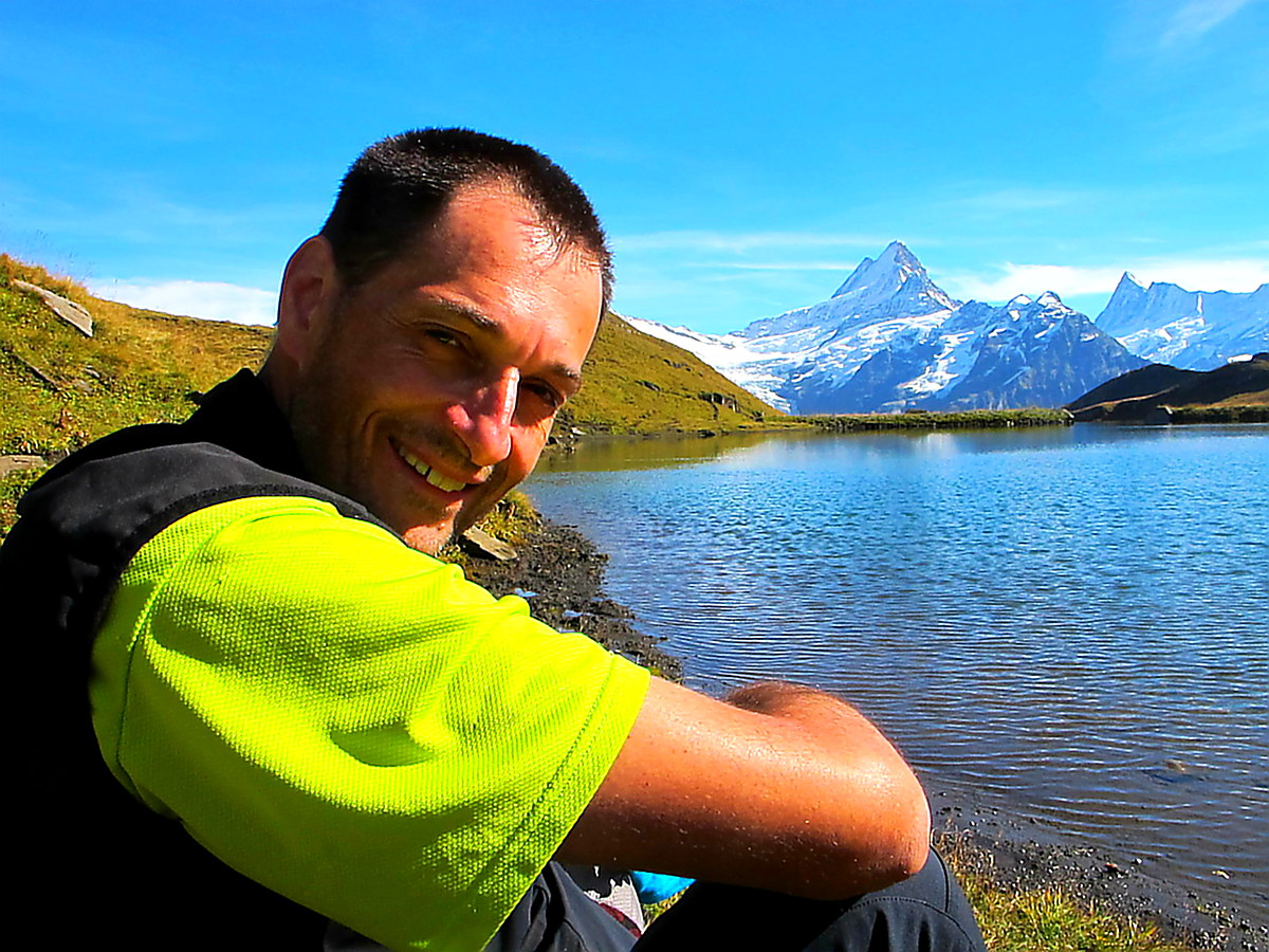 Our-guide-Thomas-Swiss-lakes-and-montains